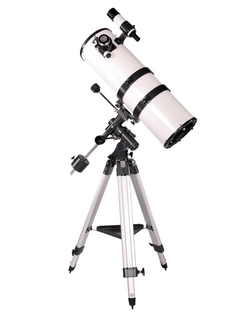 A Newtonian reflecting telescope