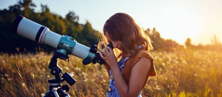 Girl with a telescope